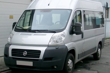 """Fiat Ducato front 20080409"" by Rudolf Stricker - Own work. Licensed under CC BY-SA 3.0 via Wikimedia Commons - https://commons.wikimedia.org/wiki/File:Fiat_Ducato_front_20080409.jpg#/media/File:Fiat_Ducato_front_20080409.jpg"